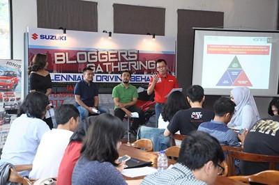 SuzukiBlogger1