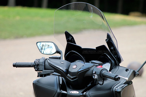 scooter-yamaha-tmax (3)