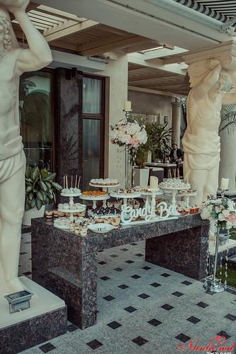 "Restaurantul ""Miadora"": The Unique The Queen"