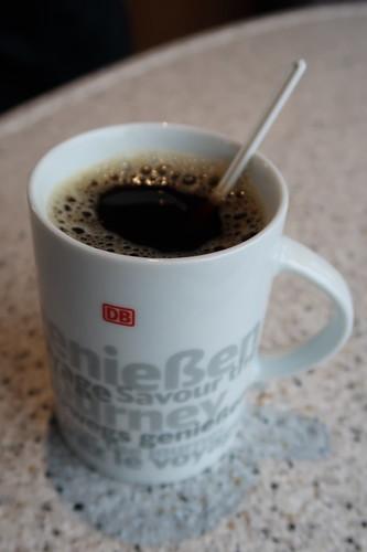 Kaffee im Bistro des IC