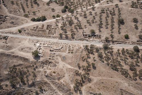 gadara jadis2122001 megaj2654 pompeia ummqais ummqays pleiades:depicts=678142 امقيس aerialarchaeology aerialphotography middleeast airphoto archaeology ancienthistory