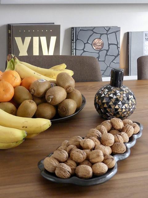 Fruit schaal walnoten interieurboeken Lampe Berger
