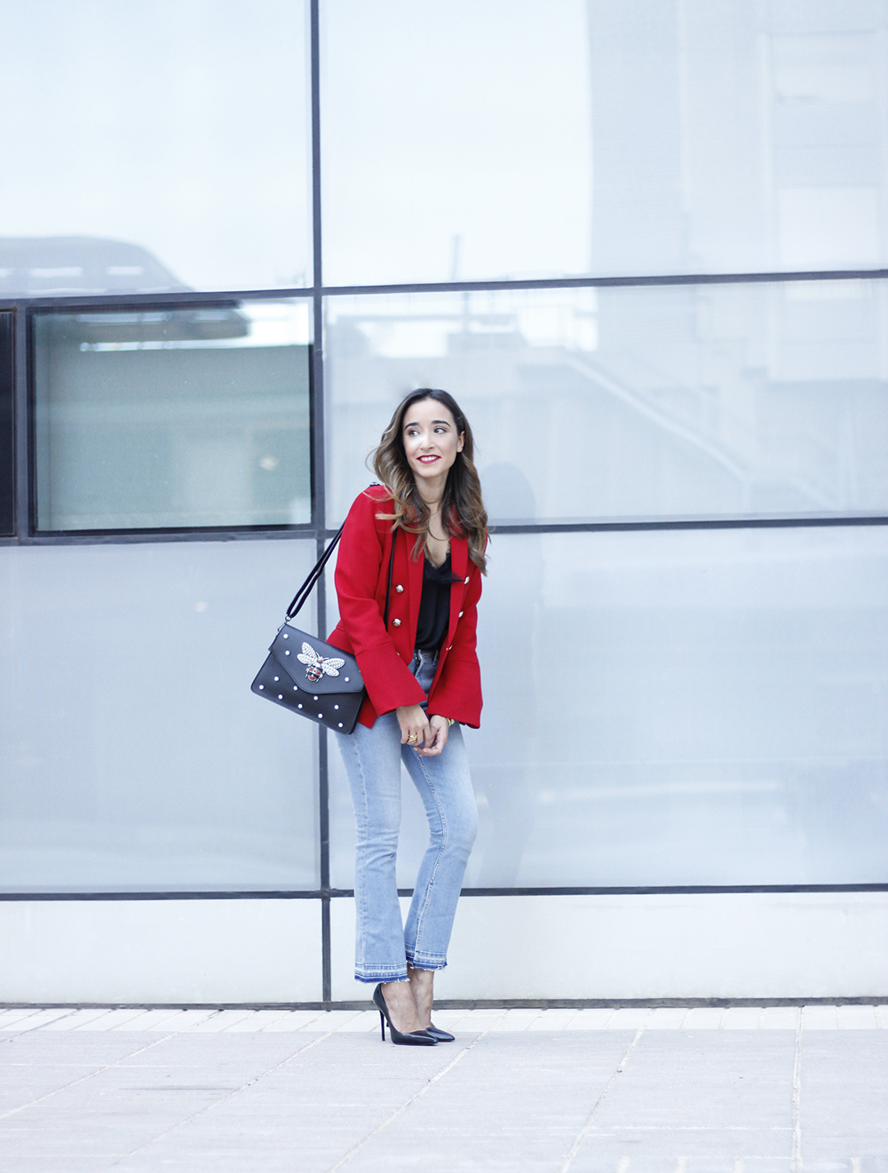 red blazer black heels bee bag denim lace top style fashion outfit trend autumn08