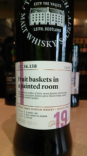 SMWS 36.138 - Fruit baskets in a painted room