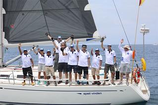 ¡Orgullo USIL! El equipo peruano de veleros interoceánicos de la Universidad San Ignacio de Loyola, liderado por nuestro exalumno Raúl Diez Canseco Hartinger, ganó el primer lugar de la Copa Galápagos 2017, competencia de veleros interoceánicos, tras tres días y medio continuos de recorrido.