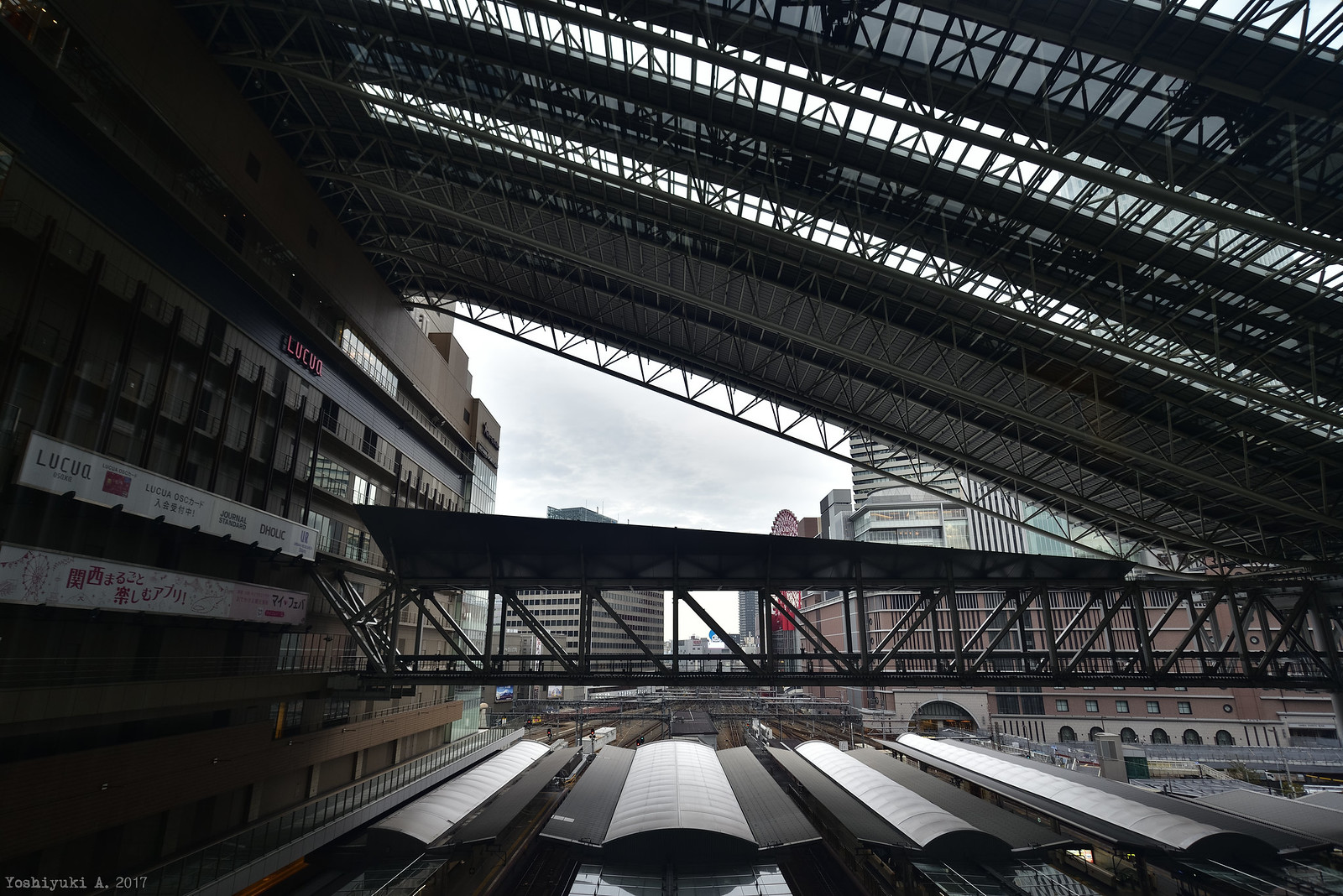 大阪駅_DS7_0117_nxd