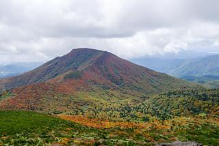 和尚山も綺麗な紅葉だ@安達太良山