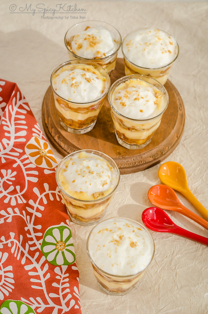 6 mini single serving glasses of no bake dessert