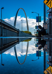 Gatewayarch Reflecting