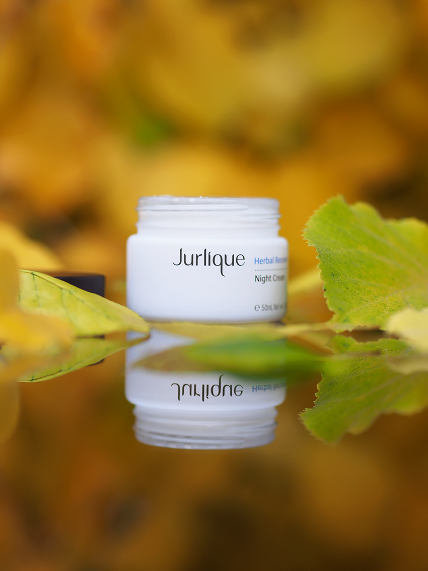 Jurlique-Herbal-Recovery-yövoide-6