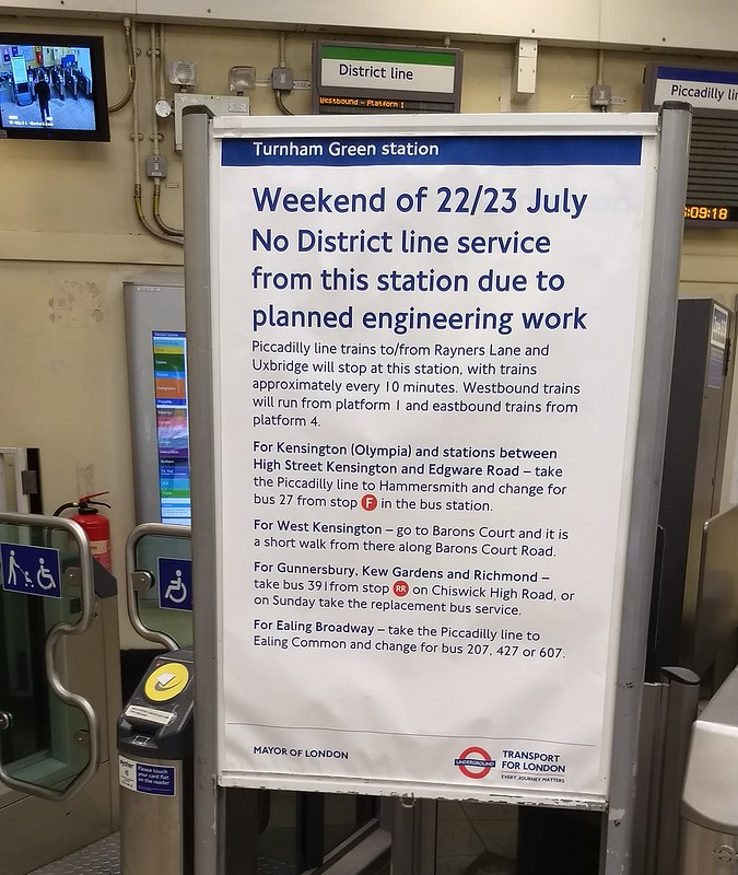 London Underground service information