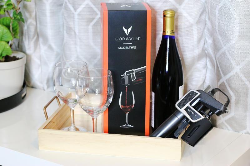 coravin-wine-bottle-gadget-glasses-1