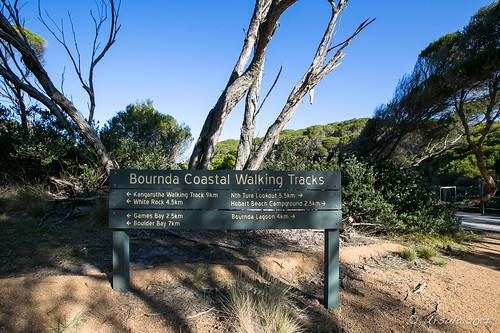 bournda bourndanationalpark kangaruthawalk npawalk tathra walk wallagootgap sign signpost newsouthwales australia