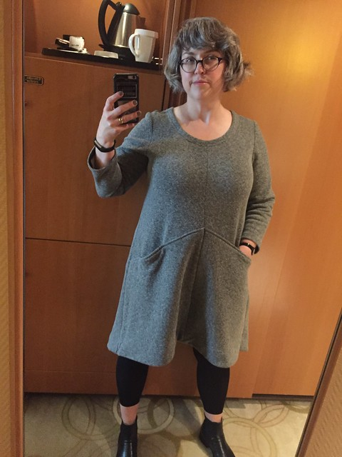 Grainline Farrow in sweatshirt knit