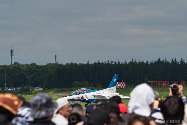 JASDF Chitose AB Airshow 2017 (114) Blue Impluse No.5 moving to another runaway