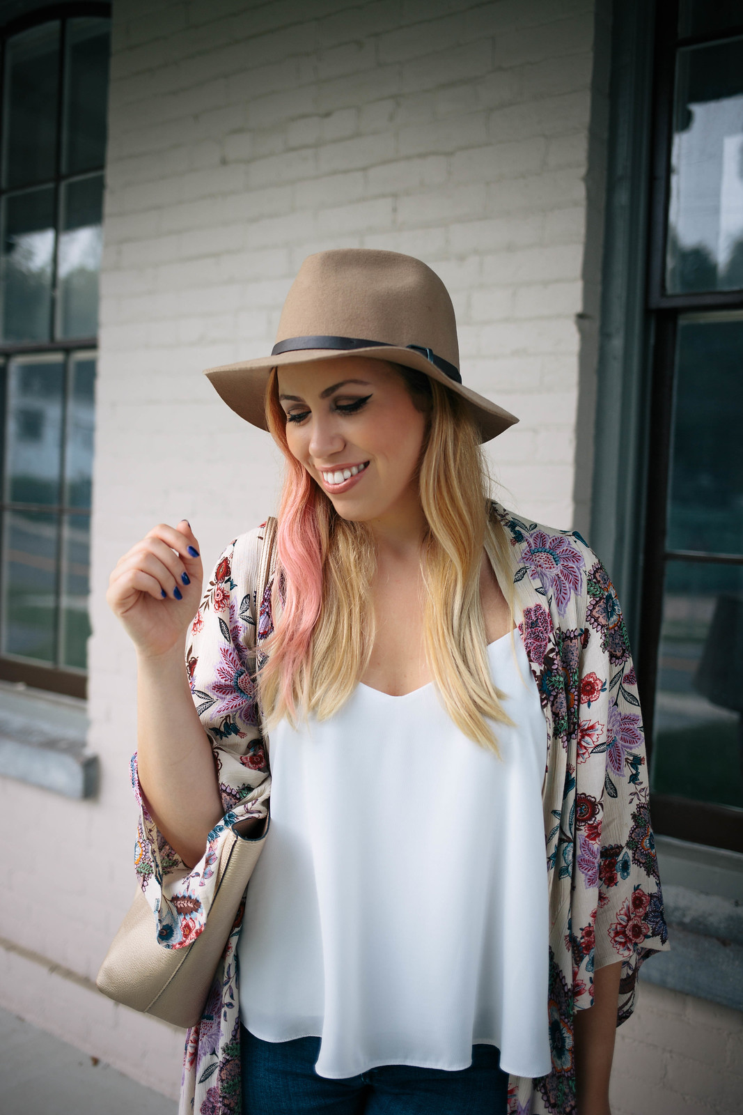 Camel Hat Pink Blonde Hair Cat Eye Makeup White Topshop Swing Tank Top Floral Duster