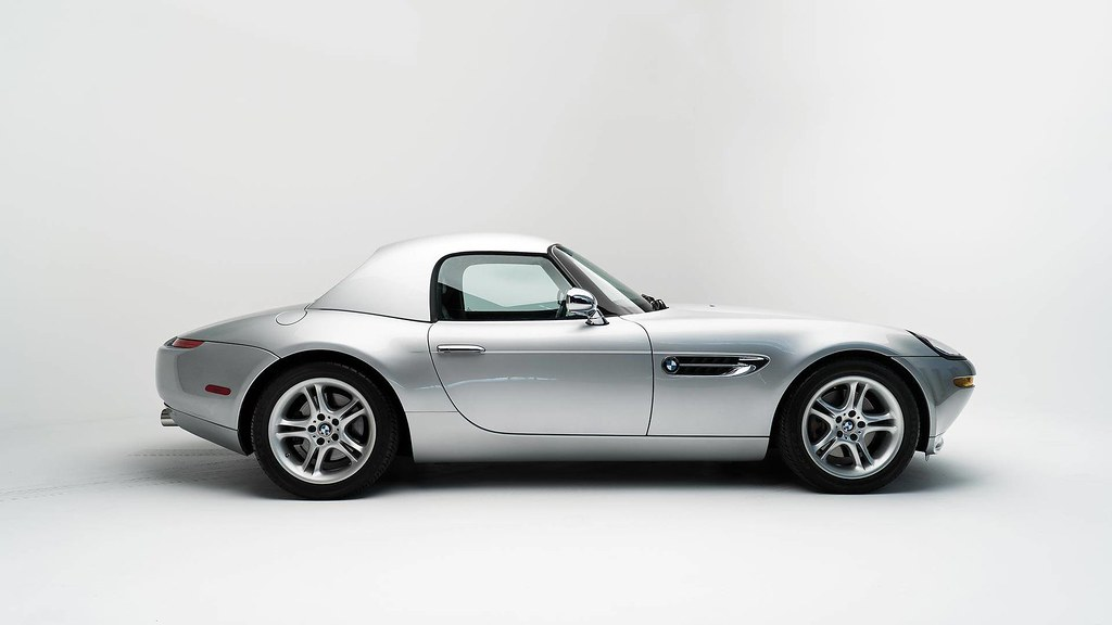 steve-jobs-2000-bmw-z8-auction3