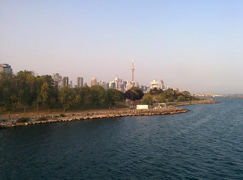 On the pier (8) #toronto #ontarioplace #pier #lakeontario #torontoharbour #skyline #cntower #latergram