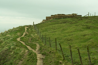 20170329-14_Cleveland Way Cliff Top Path to Pill Box