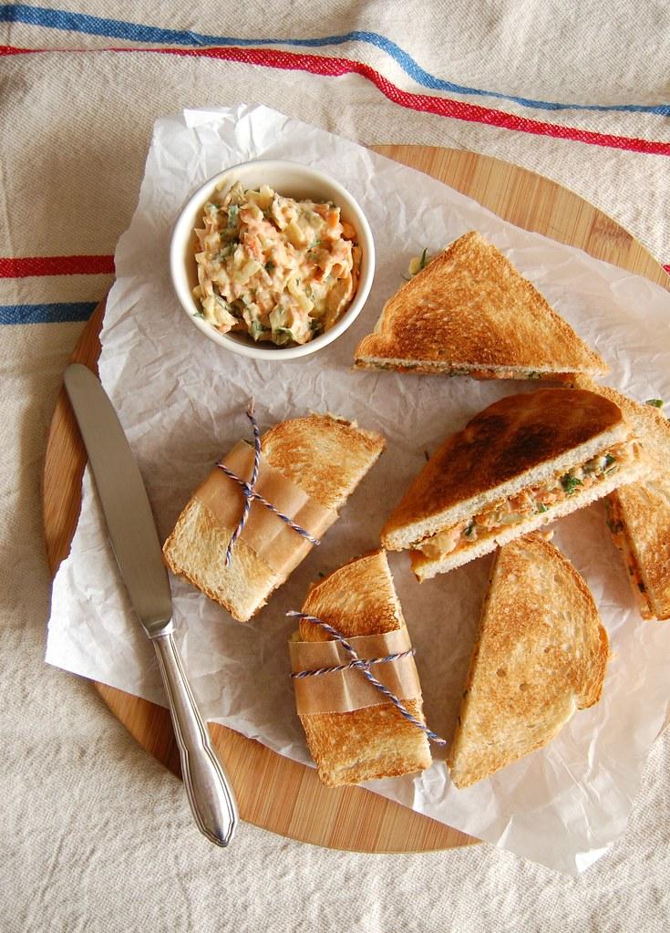 My tuna salad sandwiches / O meu patê de atum