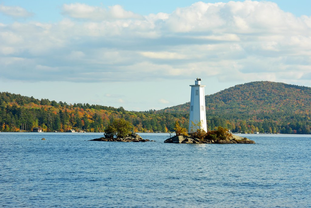 Loon Island Lighthouse New Hampshire Tripcarta