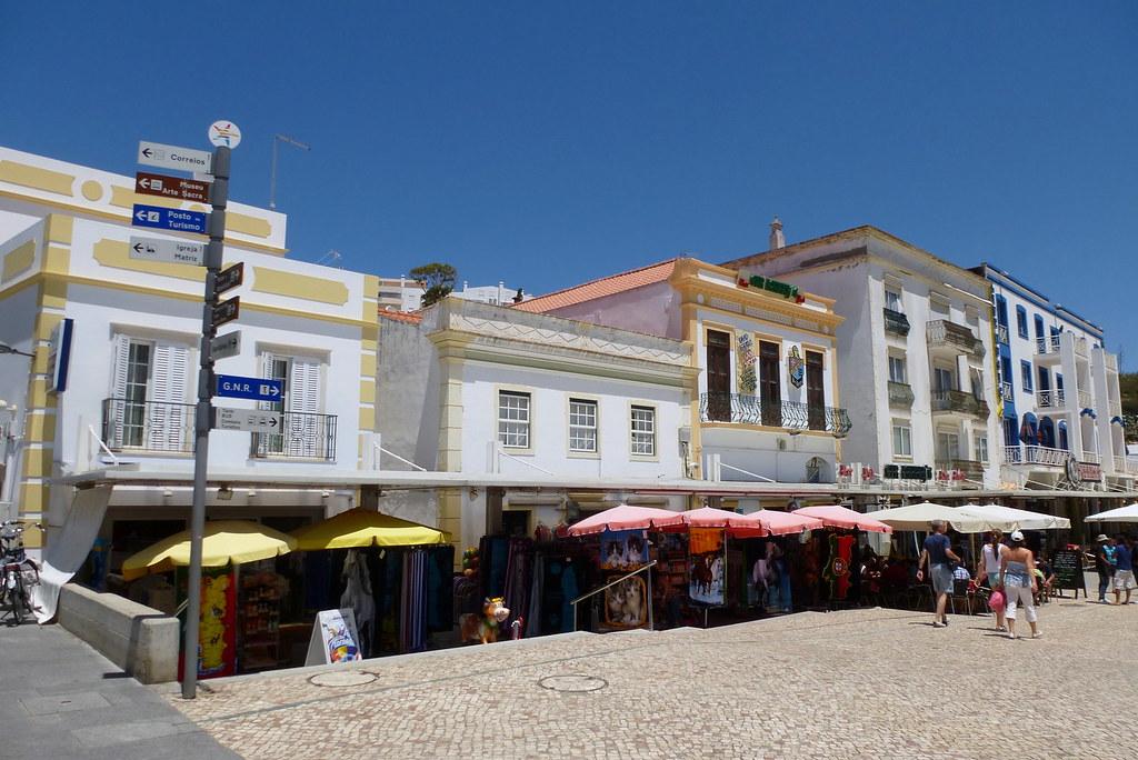 Hotels Near Albufeira