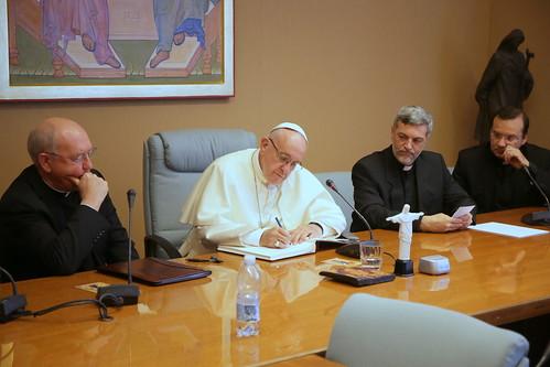 Papa Francesco in visita al Dicastero per il Laici, la Famiglia e la Vita