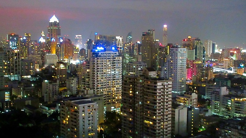 Long Table sky bar Asoke Bangkok
