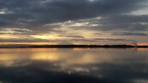 lake laugarvatn iceland sunrise oeiriks