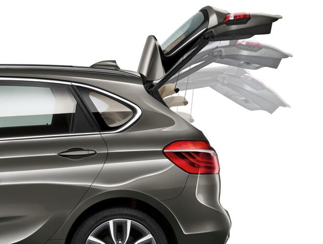 [新聞照片二] 2018年式BMW 218i Active Tourer、BMW 218d Active Tourer與BMW 220i Active Tourer全面升級標準配備電動尾門啟閉系統