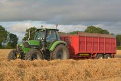 Deutz Fahr Agrotron 6190 TTV Tractor with a NC Trailer