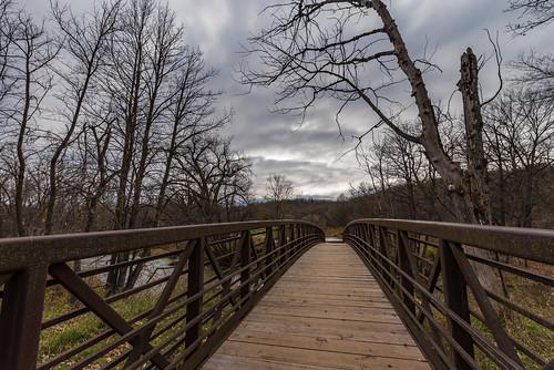 camdenstatepark minnesota redwoodriver autumn bridge fall lynd unitedstates us