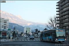 Iveco Bus Urbanway 12 Hybride - Sémitag (Société d'Économie MIxte des Transports publics de l'Agglomération Grenobloise) / TAG (Transports de l'Agglomération Grenobloise) n°555