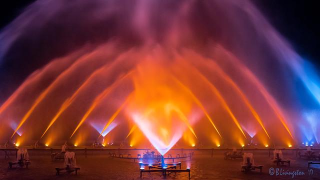 Fountain Night Display, Fujifilm X-Pro2, XF14mmF2.8 R