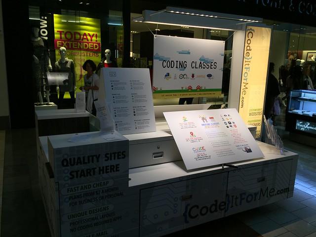 Coding class kiosk at Oakridge Mall