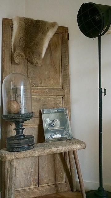 Oude deur krukje stolp