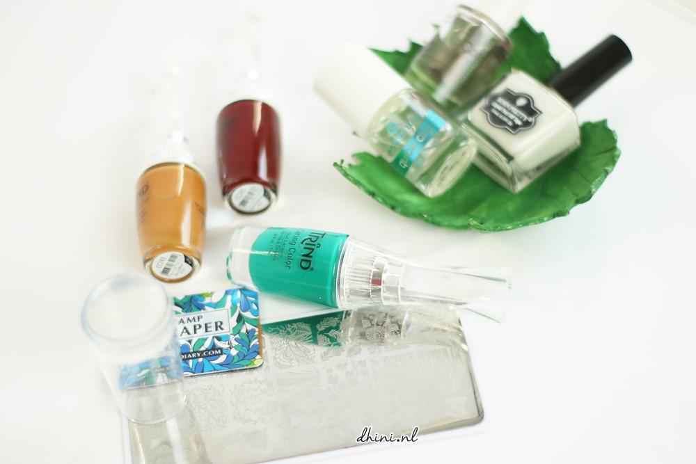 Mani monday : Nail Stamps
