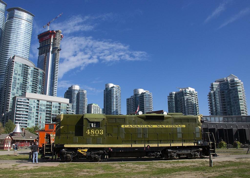 Toronto Hotels Close To Union Station
