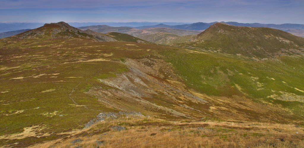 13.- Vista-desde-Peña-Trevinca-1024x500