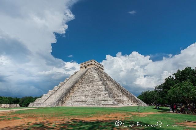 Chichén Itzá Templo de Kukulcán