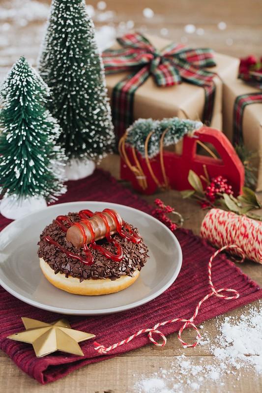 TH Christmas Log Donut