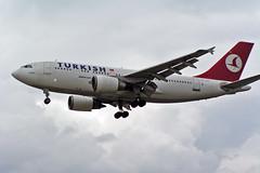 TC-JCZ Airbus A.310-304 Turkish Airlines LHR 18-07-04
