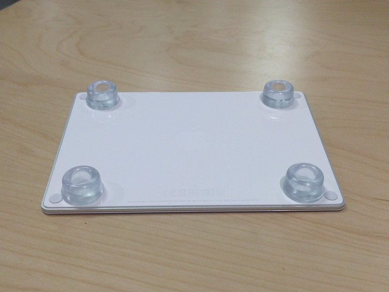magic trackpadの高さ調整