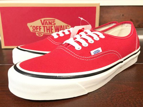 VANS ANAHEIM FACTORY PACK AUTHENTIC 44DX RACING RED