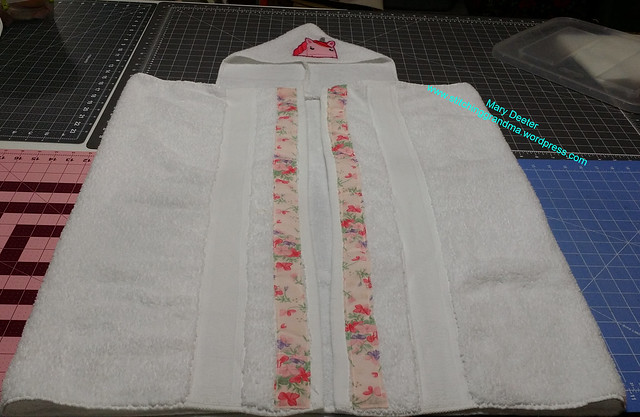 Unicorn towel and floral ribbons