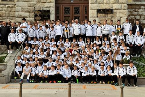 Masovnim okupljanjem pred gradskom upravom nogometaši upozorili da je stadion potreba stotina sportaša @ Opatija