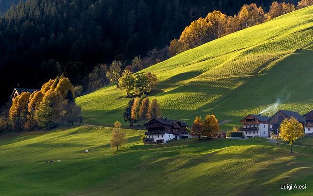 Dolomiti - Luci del tramonto sulla valle di Braies