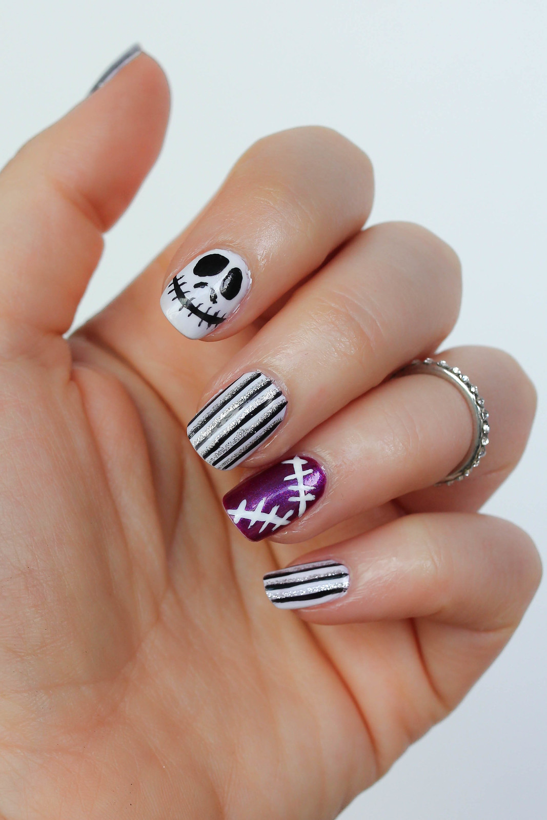 Step-by-Step Nightmare Before Christmas Manicure Tutorial Halloween