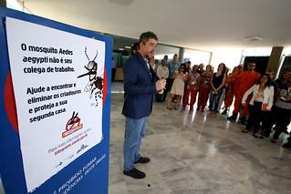 Unidades do MS recebem visita dos agentes de saúde e do corpo de bombeiros para eliminação do Aedes Aegypti responsável pela transmissão das doenças dengue, zika e chikungunya. Brasília, 26/10/2017.