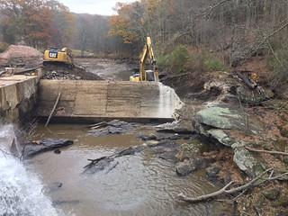 Norton Mill Dam Notched (Nov2016) Credit_ Sally Harold TNC
